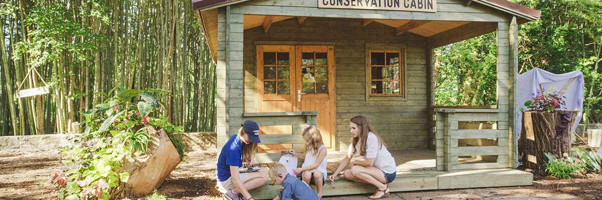Family participates in nature programs at the Zoo Conservation Cabin